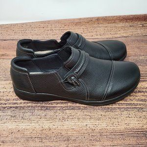 Collection By Clarks Slip-On Shoes Size 7.5 Black